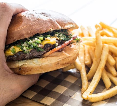 5 DAY INDUSTRIAL CAFÉ – SOUTH WEST SYDNEY - RENT $460 – NO OUTGOINGS – HUGE PROFITS - 00799