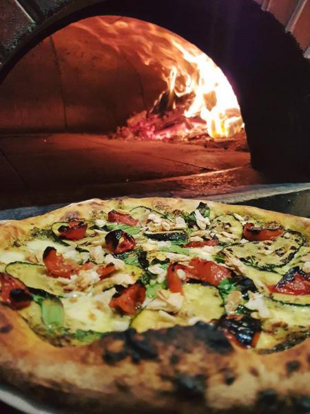 ITALIAN PIZZA RESTAURANT - SOUTHERN SYDNEY - JM0717
