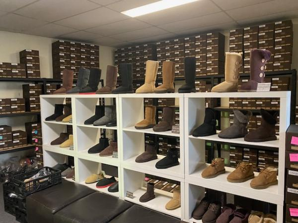 BEST UGG BOOTS AND SHOES COMPANY IN AUSTRALIA -SOUTH WEST SYDNEY INDUSTRIAL AREA - 00821